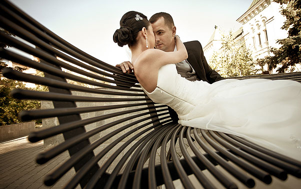 Sedinta foto nunta pe banca Irina si Catalin Ramnicu Valcea